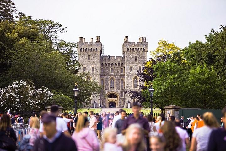 windsor-castle-tour-london.jpg