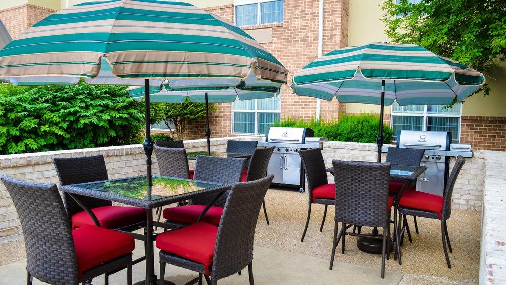 fkrts-patio-0028-hor-wide.jpg