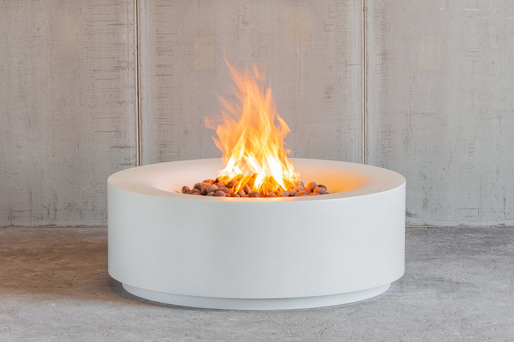 AURA 42"
