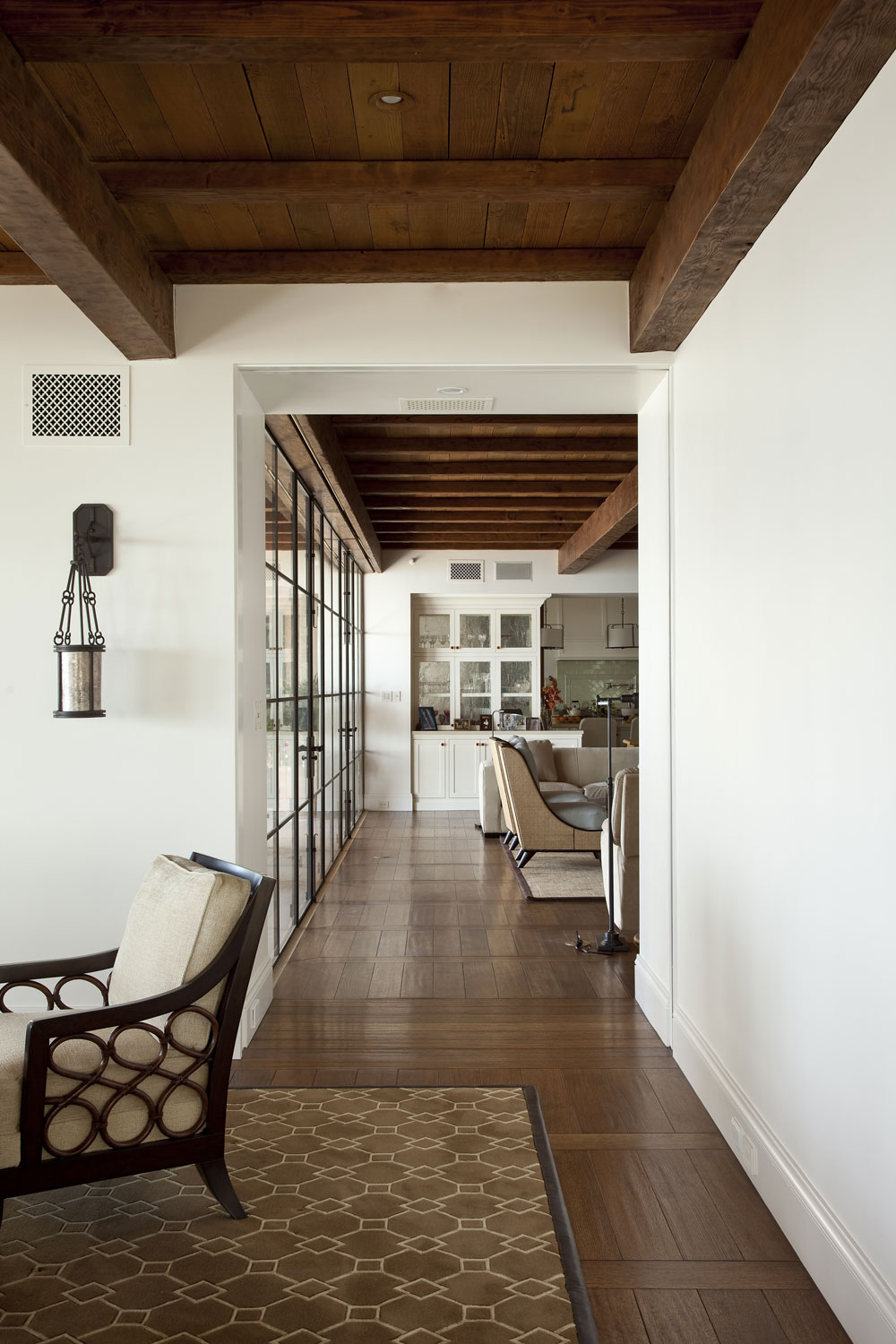 Modern-Spanish-Wood-Floor-Tongue-Groove-Beamed-Ceiling-Wall-of-Windows-Corbin-Reeves.jpg