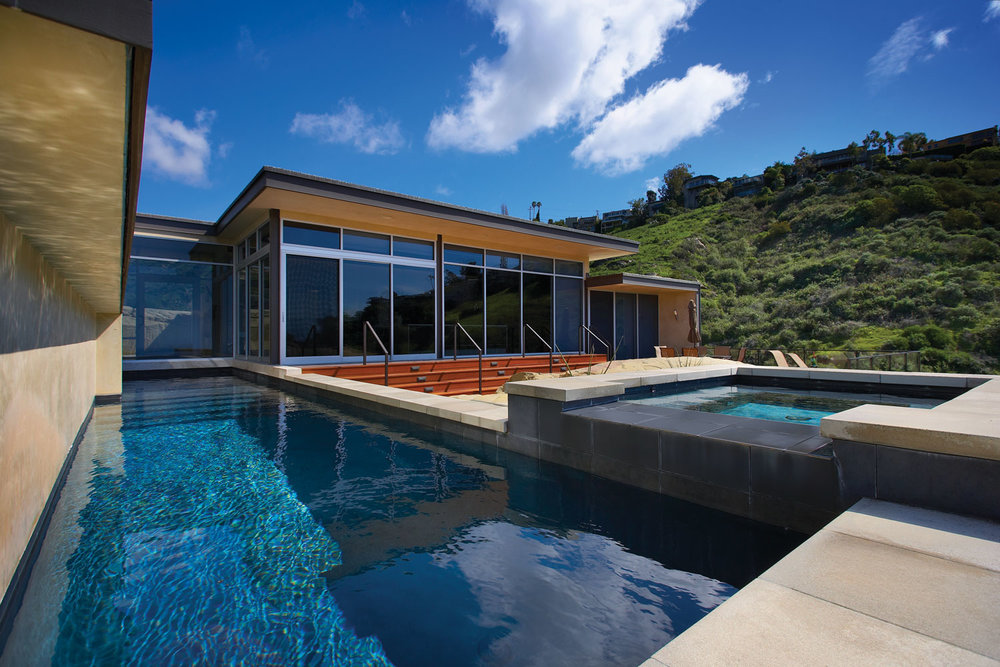 Modern-Exterior-Pool-Hot-Tub-Steel-Glass-Windows-Corbin-Reeves.jpg