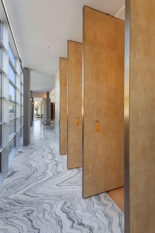 5-CorbinReeves-hallway-marble-floors.jpg