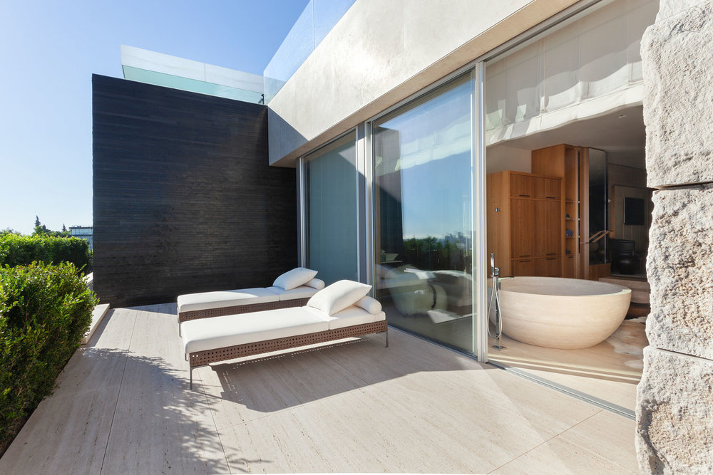 8-CorbinReeves-deck-bathroom-sliding-glass-door.jpg