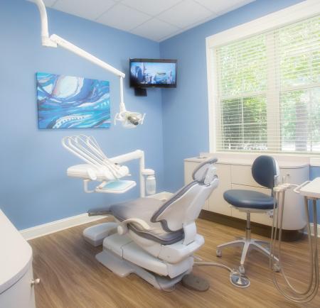 soft-touch-dentist-hhi.jpg
