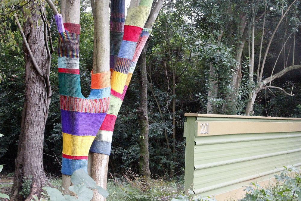 yarn bomb4.jpg