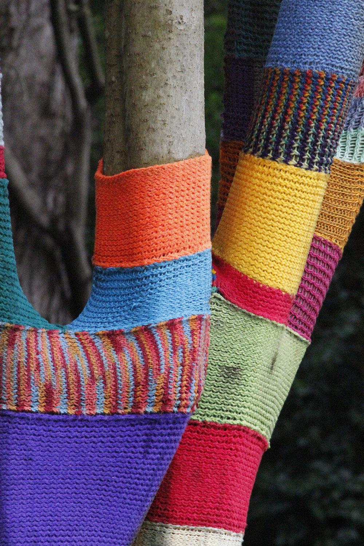 yarn bomb6.jpg