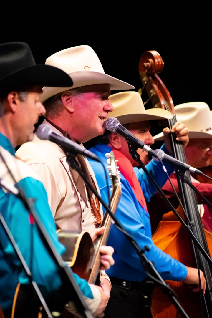 That good ol' Sons of the Pioneers harmony sound….