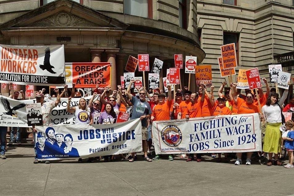 Labor note building grassroots labor soliarity 2017.jpg