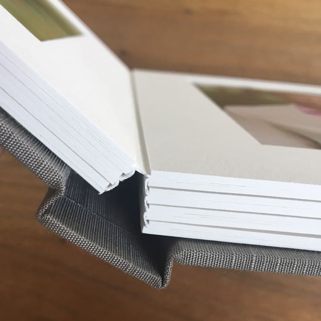 - binding of the matted fabric albums -