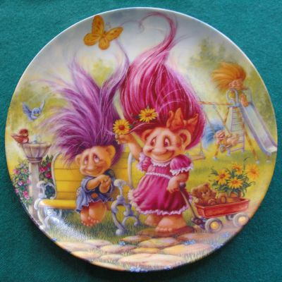 1994 Friday's Troll plate.jpg