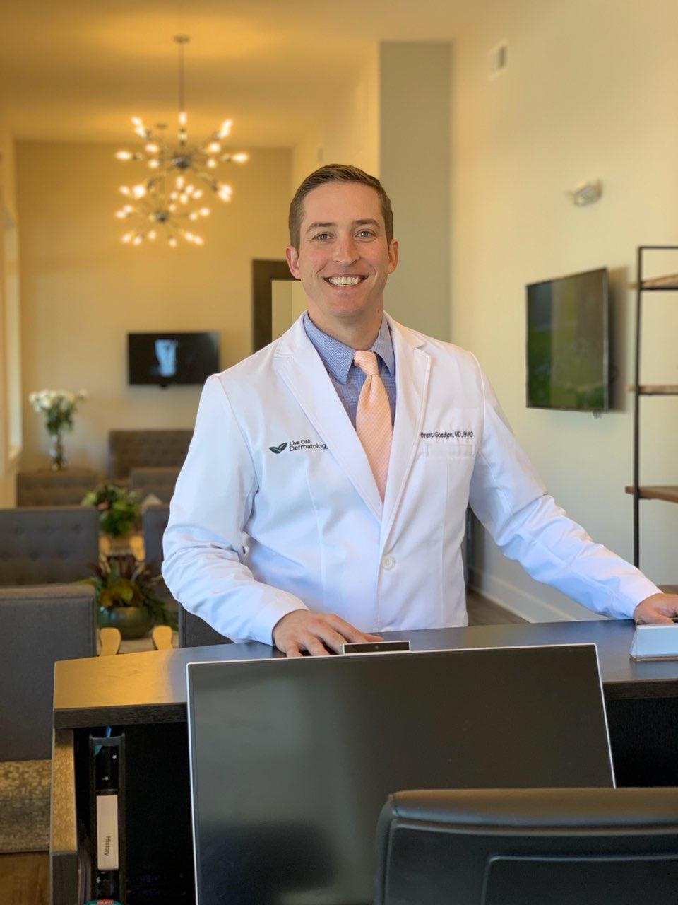 Brent Goedjen, Dermatologist, Roswell Georgia at Live Oak Dermatology