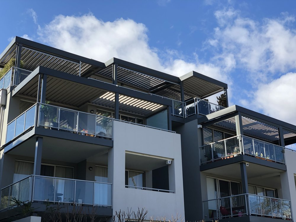 Apartments - Vergola® is not limited to backyards and decks. We offer a variety of balcony/outdoor area solutions to help meet your Apartment living needs