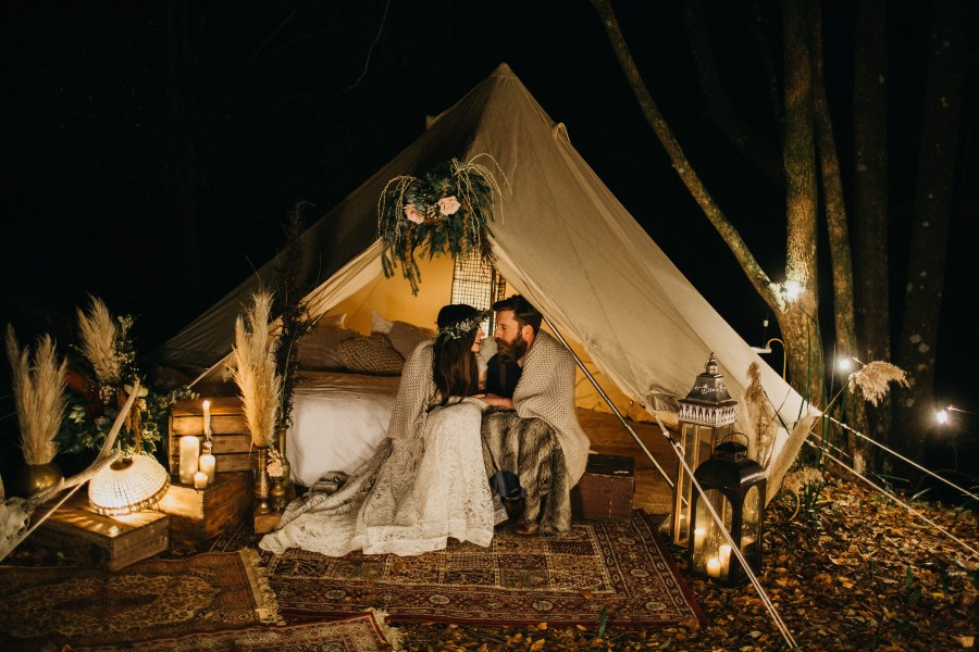 Shire_Wedding_glamping_elopement (1) (Custom).jpg