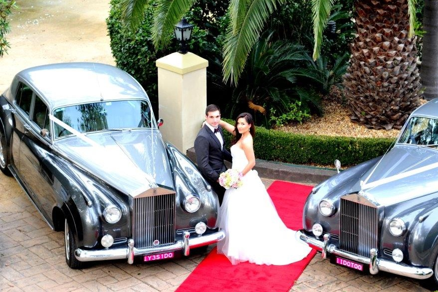 ROLL UP IN STYLE - Roll Up In Style is an accredited private hire car operator located in Sydney's South. Our Classic early 1960's air conditioned Rolls Royce Silver Clouds are chauffeur driven giving you the ultimate experience in opulence whether its transportation for your wedding or that special...