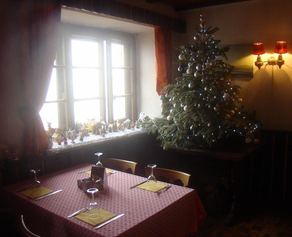 Auberg_Christmas_tree.jpg