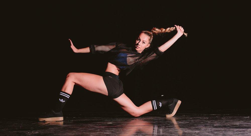 ba-hons-commercial-dance.jpg
