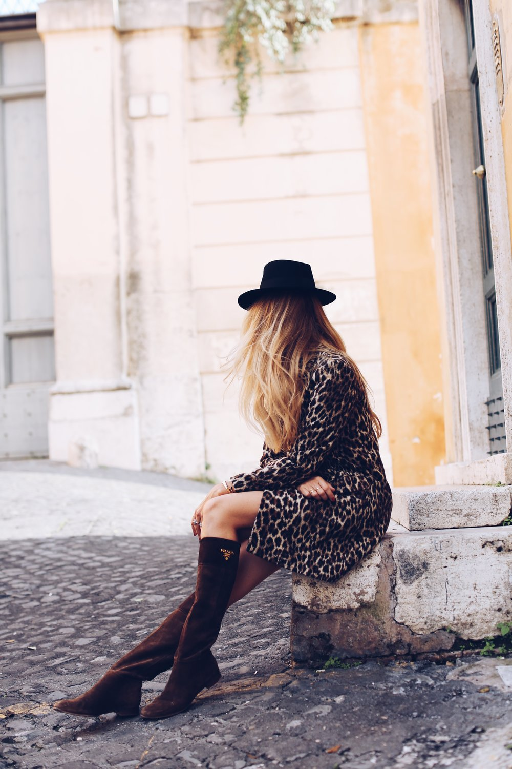 A warm-to-cold weather leopard coat