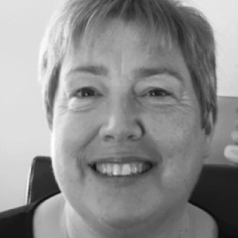 Helen Brown - SupportHelen spent more than thirty years working in the financial sector including fifteen years as personal assistant to bank directors and ten years as a human resources consultant specialising in dispute resolution. She is an accredited workplace Mediator, experienced in Team Issue Resolution as well as two party mediation. Helen is now semi-retired and assists Ben Pollard.