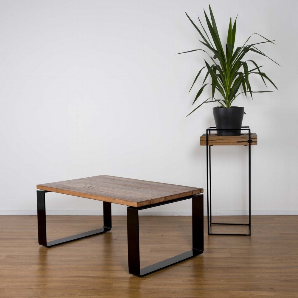 Loop Coffee Table & Eureka Planter