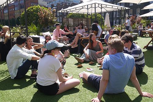 groupsitting_garden.jpg
