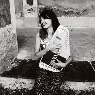 Giulia Gallina   —  Italy  Vocals, piano & synth, autoharp, concertina, percussions