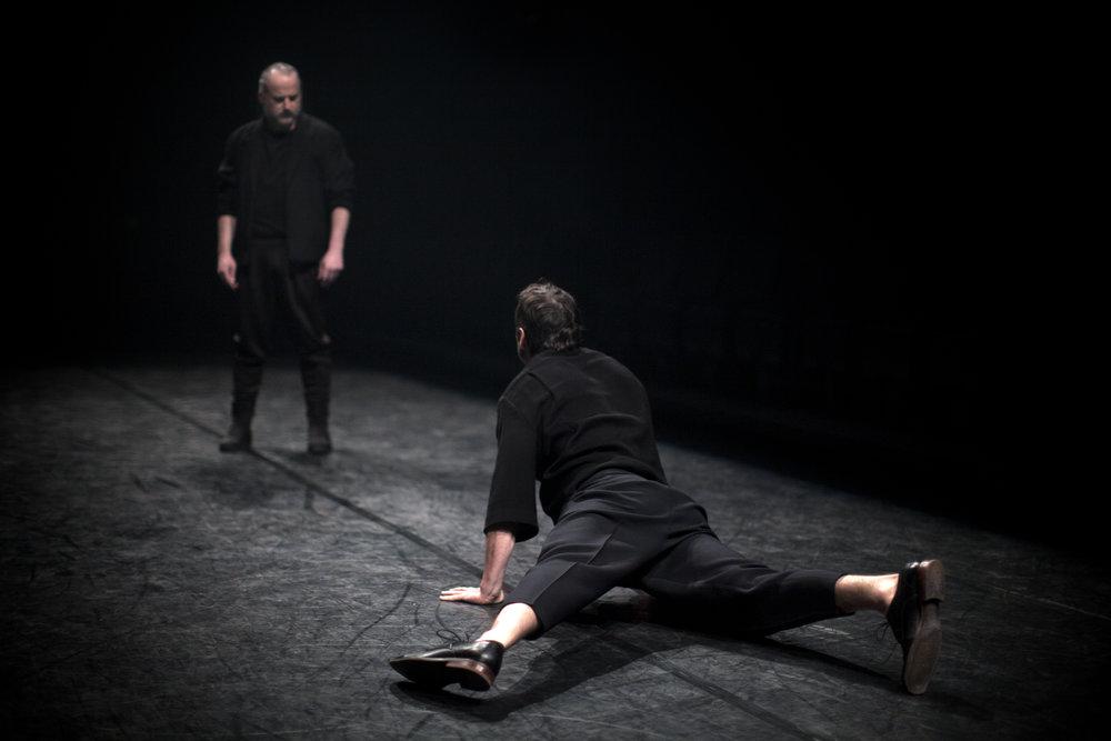 Dans la solitude des champs de coton   Une création  Sibyllines  en codiffusion avec  Usine C  et en coproduction avec le  Théâtre français du CNA