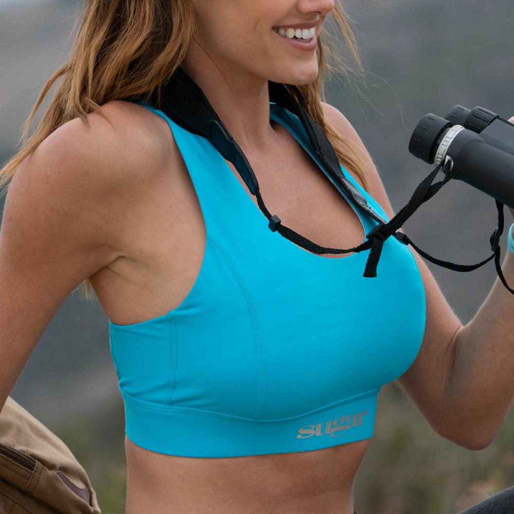 blue-bra-girl-with-binoculars.jpg