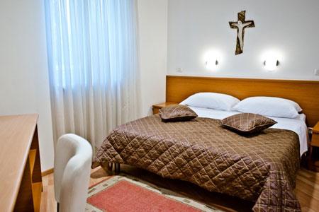 Orbis-Bedroom.jpg