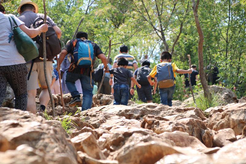 Dons-climbing-hill-web-ready.jpg