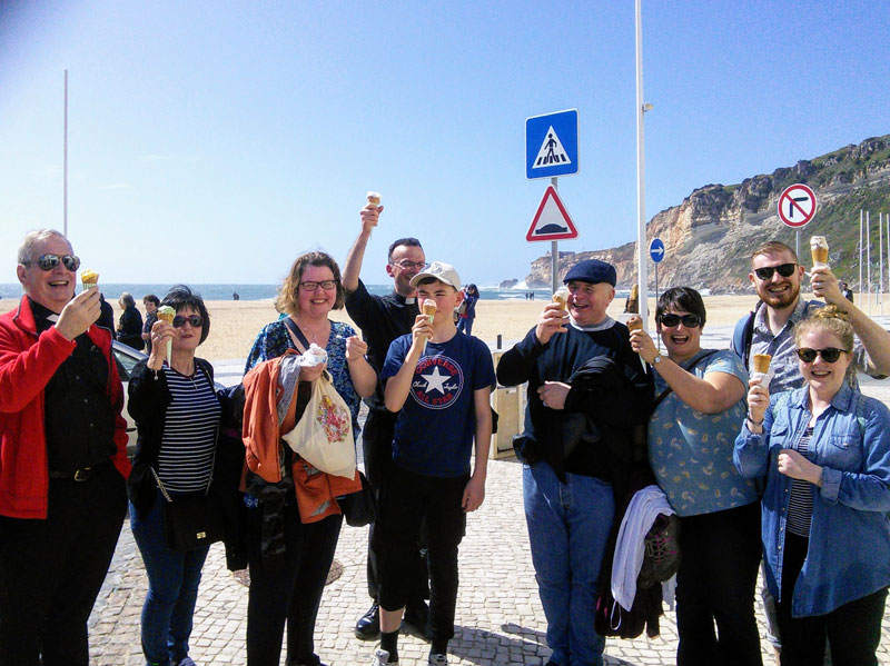 Group-in-Finisterre-beach-web-ready.jpg