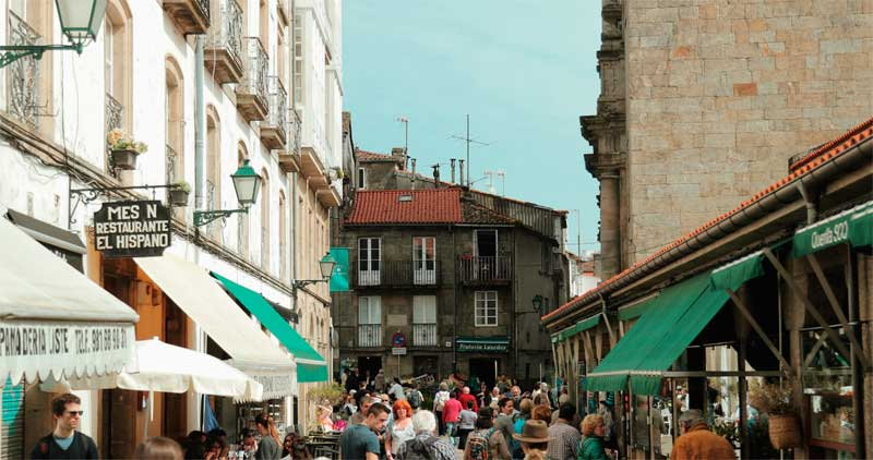 Santiago-de-Compostela.Walk-the-streets-web-ready.jpg