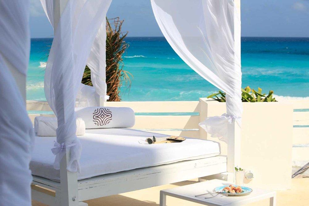 hotel-oleo-cancun-playa_Beach.jpg