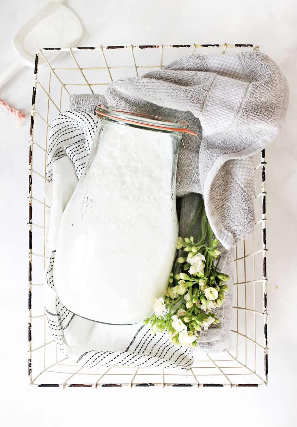Liquid-Laundry-Detergent-2.jpg