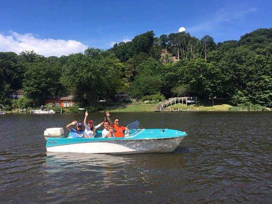 retro-boat-rentals-in.jpg