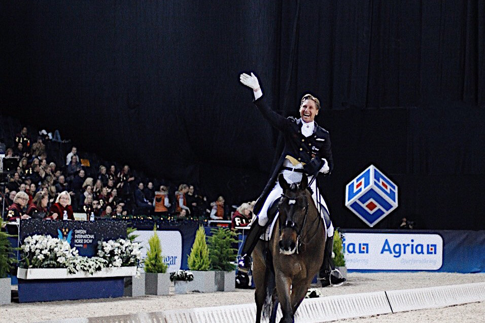 PATRIK KITTEL:THE KING OF DRESSAGE - The man with the broadest smile in our sport and the one with the most original freestyle music. A Swede in Germany with Isabelle Werth as a coach and a willpower most others only can dream of. Meet Patrik Kittel.