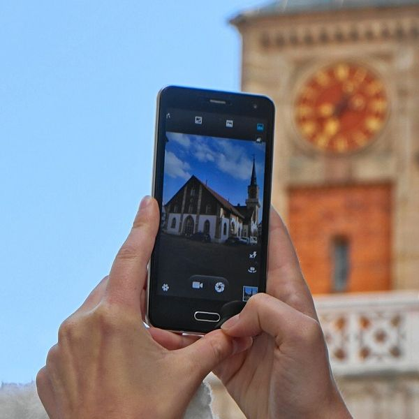 church in smartphone