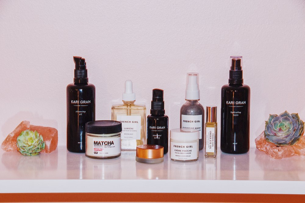 The Hot & Bothered - A kit carefully selected to reduce redness, calm skin and fight signs of aging naturally.