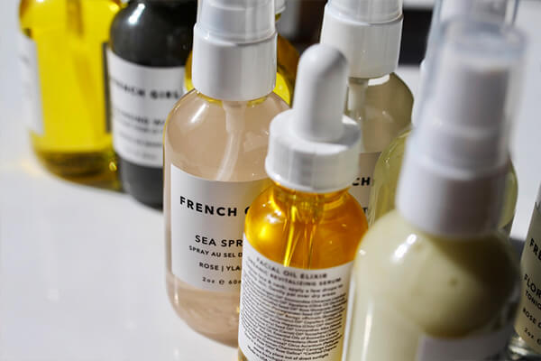 All Natural - Our selection features natural, organic, small-batch and wildcrafted products with pure, simple ingredients. We only sell stuff that's safe and offers real results. We believe educated consumers make better customers. We aim to cut through the mass confusion around skin care with real-world advice that's non-judgmental.LEARN ABOUT THE DIFFERENCE
