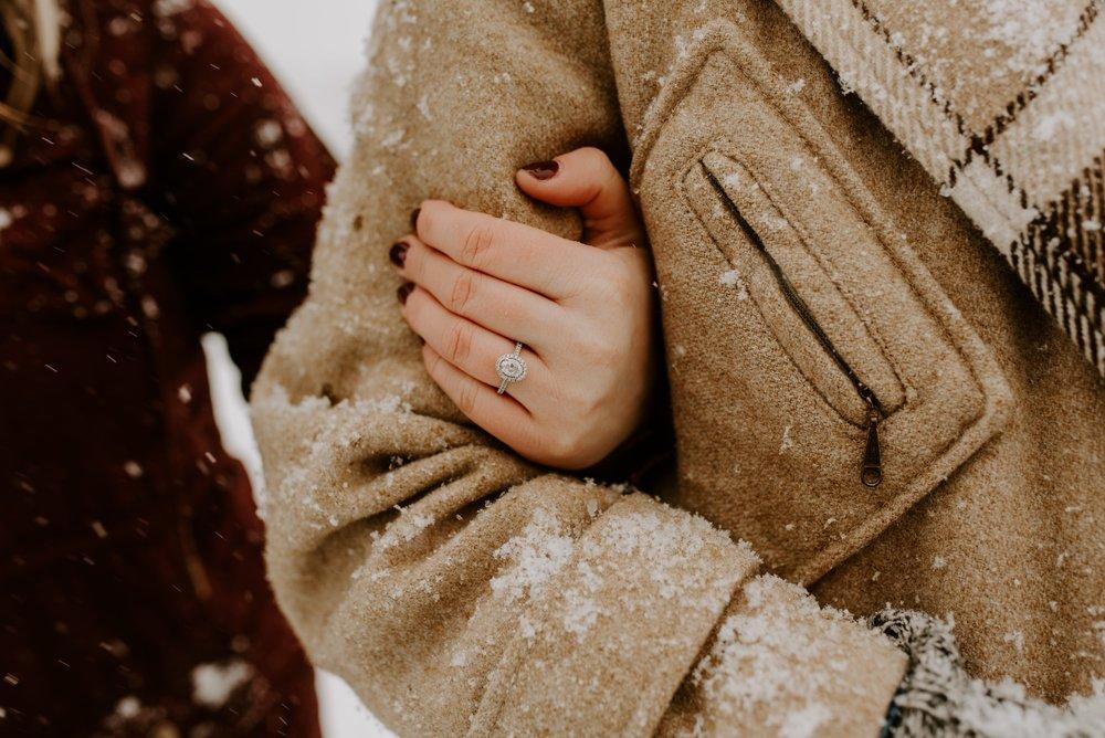 Iowa City Winter Engagement Photos 10.jpg