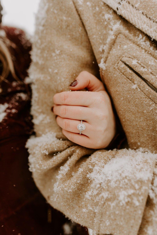 Iowa City Winter Engagement Photos 13.jpg