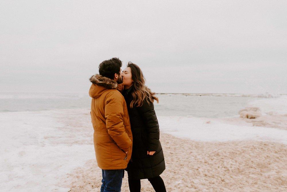 Chicago Proposal Photographer Nikki and Rodrigo-84.jpg
