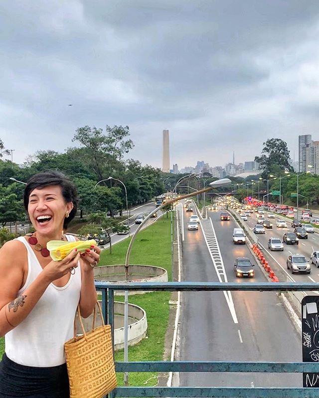 Ama a carioquice, mas é toda paulistana, meu! 🌽