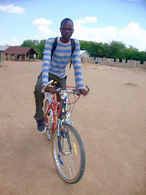 A lifelong entrepreneur, James started his first business at age 10 in his native South Sudan.