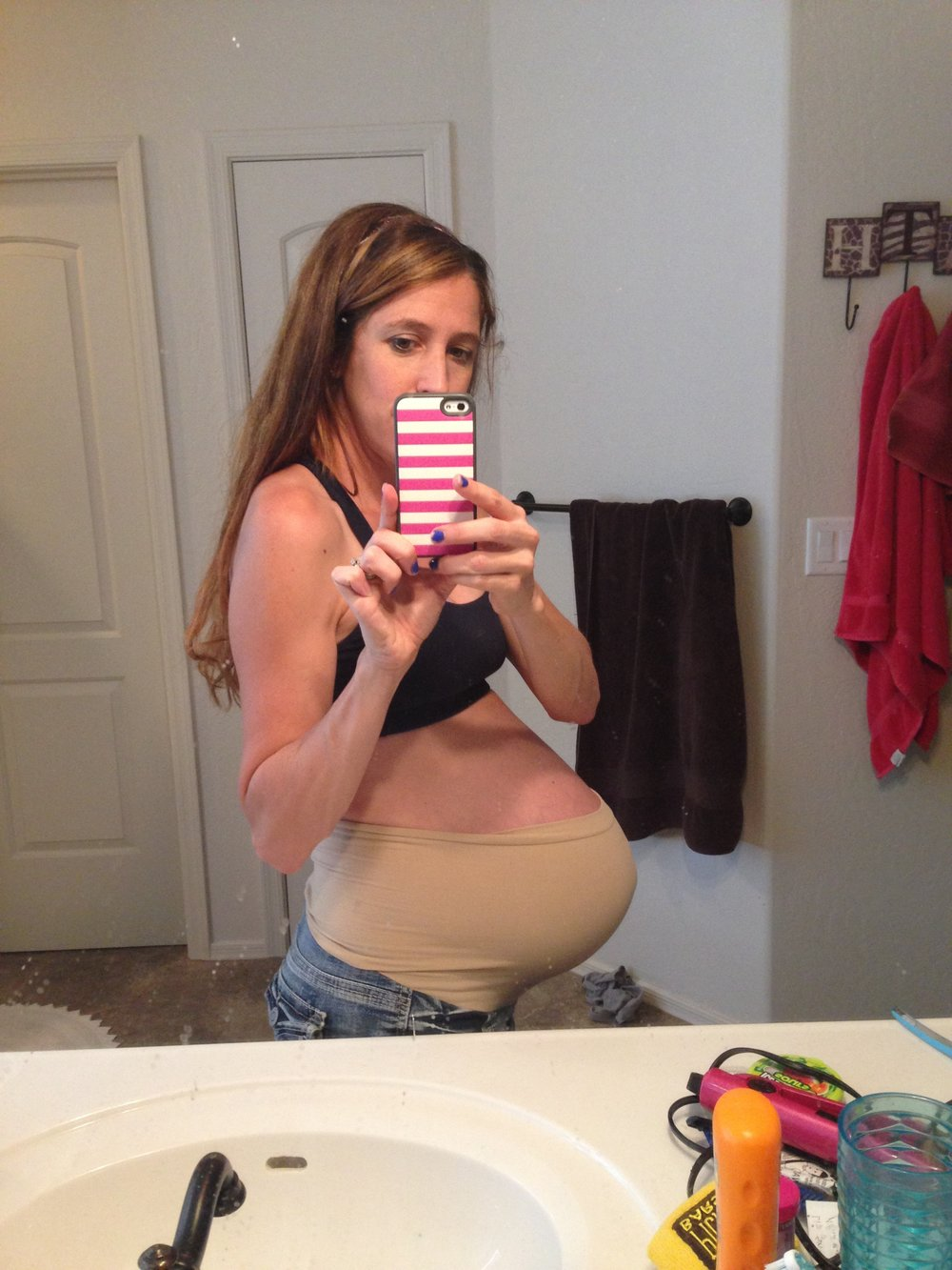 Pregant bathroom bullet stomach.JPG