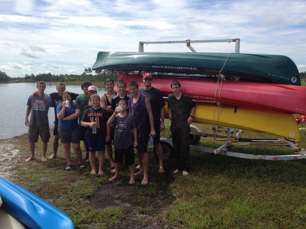 canoe group.JPG
