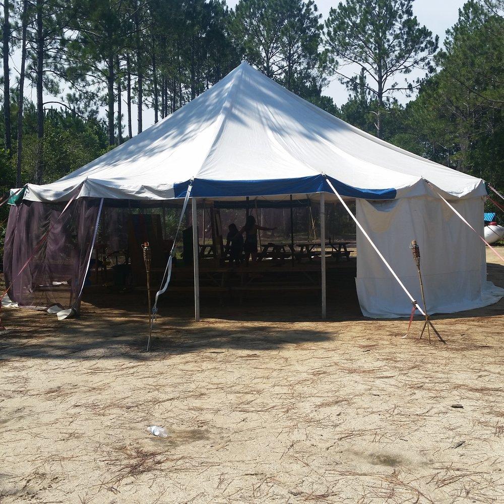 Facility meeting tent_110209.jpg