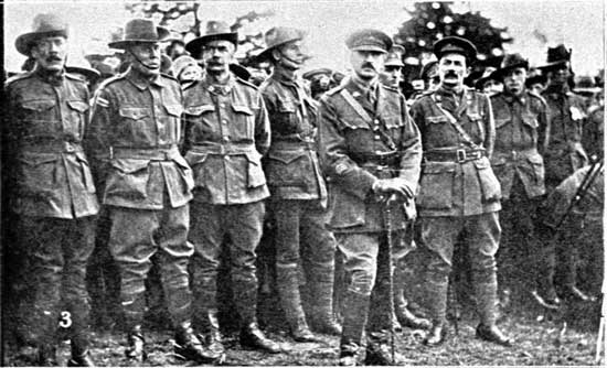 Group of returned soldiers.  [Tasmanian Mail 8th August 1918 p18]