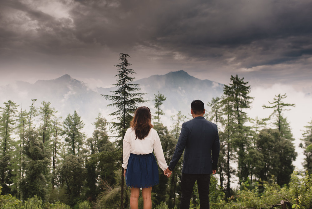 Shimla_Engagement_Shoot-0026.jpg