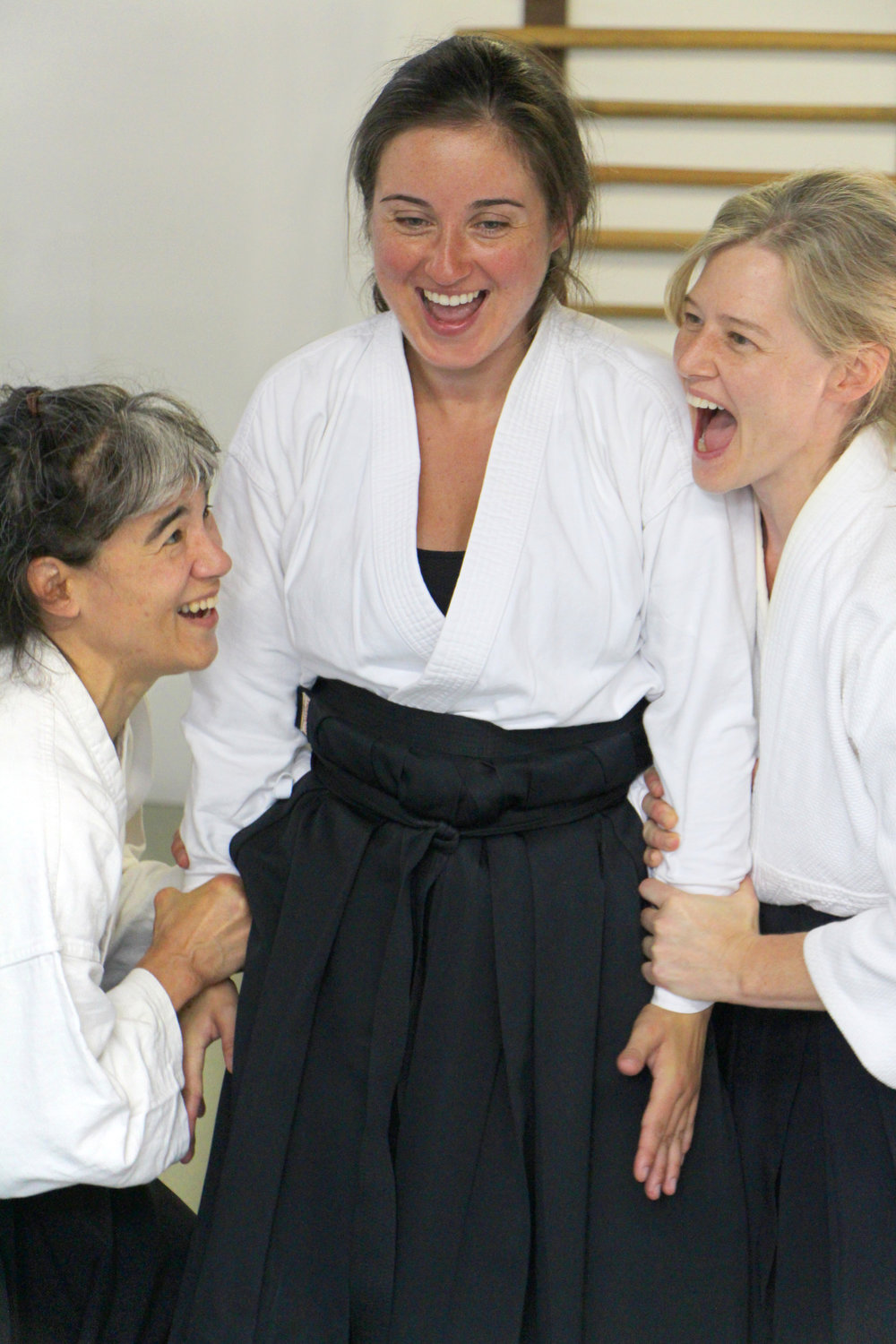 Lincoln Sensei demonstrating a center-building exercise called 'Unliftable Body'.