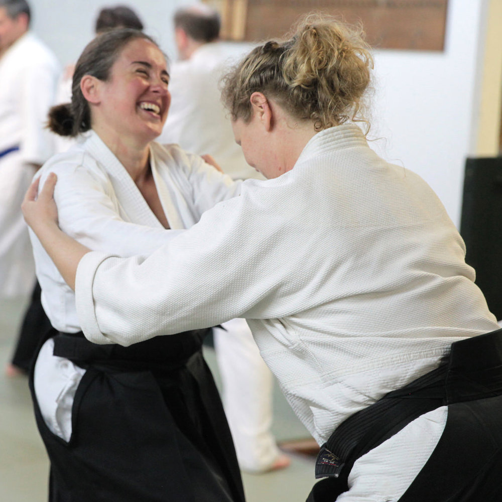Ryushinkan_Aikido_Classes_Friends.jpg